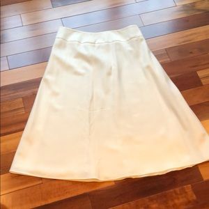 Talbots Wool Skirt size 10 in Winter White